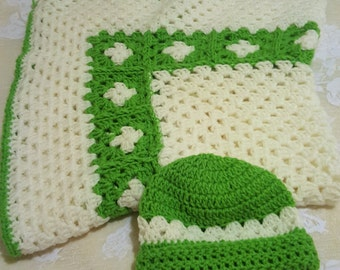 Baby Blanket and Hat Set- Green/White