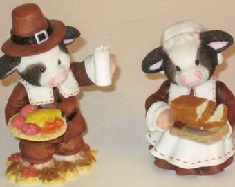 Mary Moo Moos~ --Thanksgiving Pilgrims-Set of 2---ENESCO  figurines