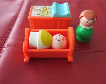 Fisher Price Little People Baby Carriage Cradle   Change table And Mother Set
