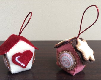 Small houses with treats