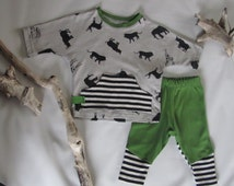 Green Lil' Rhino Baby Boy/Size 0-3 months 2-piece Outfit-Leggings /Baggy Sweatshirt /Pajamas Gray, Black, White, & Green w/ African Animals