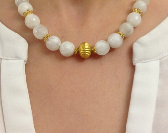 Necklace with Moonstone and 18 K Gold