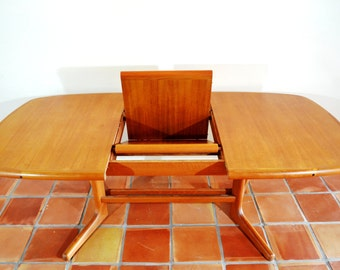 Danish Teak Butterfly Dining Table by Diethelm Scan Style