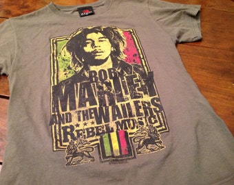 Bob Marley shirt - SM