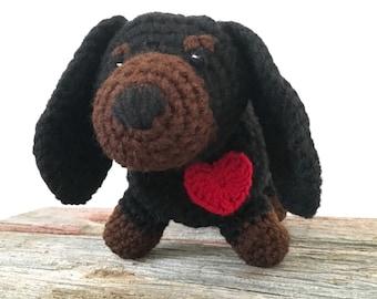 Dachshund Stuffed Animal with Heart, Lovable Wiener Dog Crochet Plushie, Dog Stuffed Animal, Dachshund Child's Toy