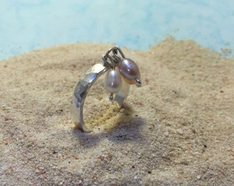Sterling Silver and 3 Cultured Pearls Articulated Ring