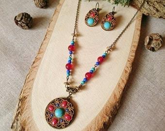 Ethnic jewelry. Boho jewelry set.  Turquoise pendan. Turquoise earrings