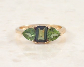 14K Yellow Gold Green Tourmaline Ring