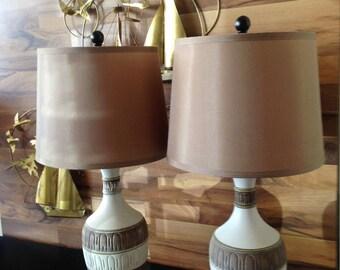 Mid Century Modern Pair Ceramic Table Lamps Glass Shades Retro