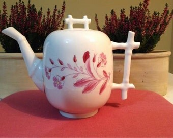 ANCIENT PORCELAIN TEAPOT