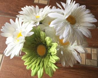 Flower pens. Daisy Flower pen bouquet, flower pens, Daisy pen bouquet, Gerber Daisy bouquet