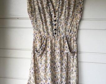 Vintage 1950's house dress.
