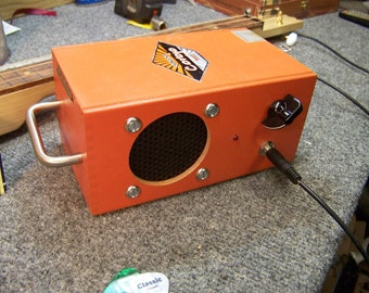 Cigar box amp