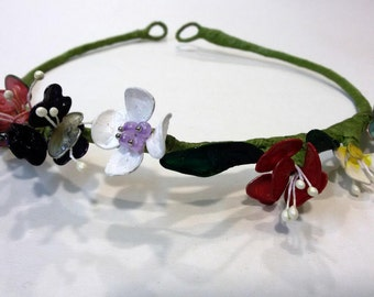 Wreath hair - crown of hair - flower crown - flower wreath - floral crown - bridal tiara - floral headband - hair wreath