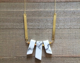 Beautiful howlite stone necklace with brass bars