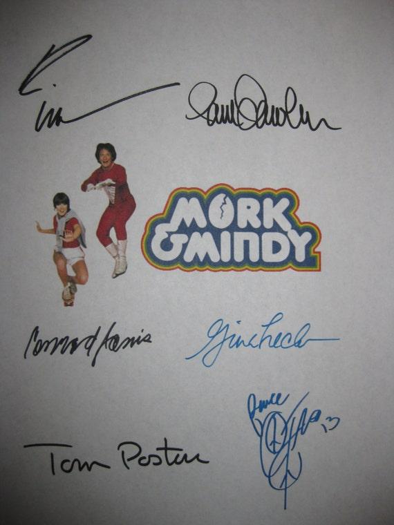 Mork & Mindy Signed TV Script Screenplay x6 Autographs Robin Williams Pam Dawber Corey Feldman Conrad Janis Gina Hecht Tom Poston signatures