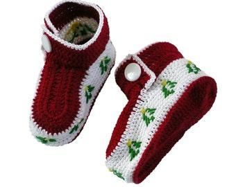 Crocheted Christmas Booties