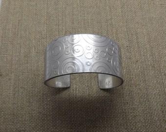 """Aluminum Cuff Bracelet- Circles 1"""" Wide"""