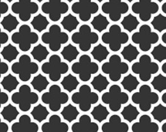 Fabric by the yard - Riley Blake Designs - Pattern C435 - Quartrefoil - Black/White