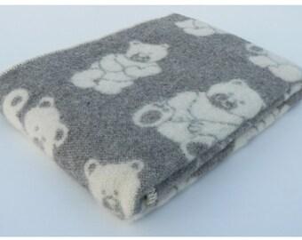 Baby Wool blanket Gray wool blanket throw with Bears Kid's wool bedding Natural wool throw  Baby shower Gift