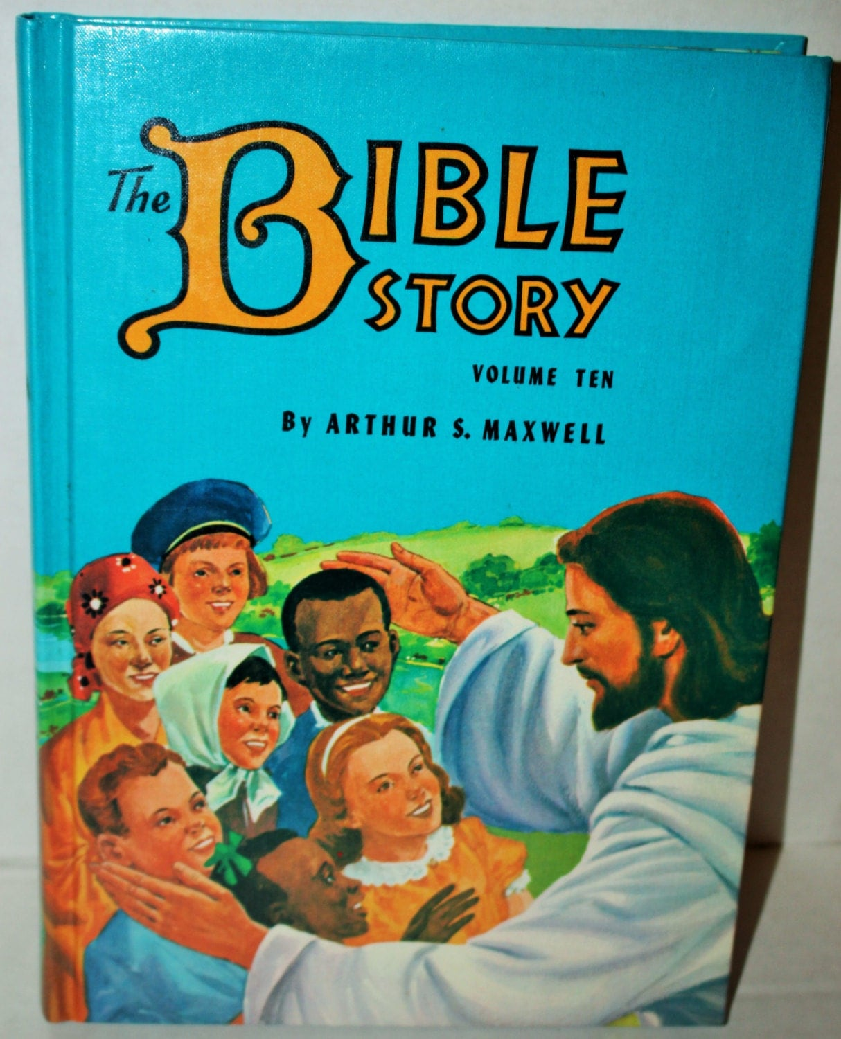 Uncle Arthur .  The Bible Story.  Volume # 1.  Mint - Unread Condition. 1953