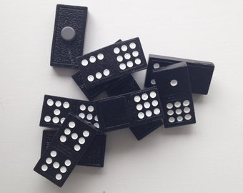 Domino magnets