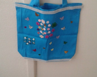 Cute sweet spring tote page