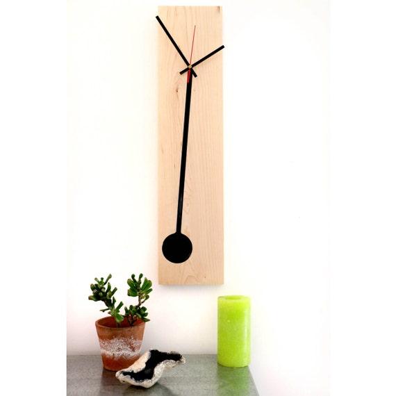 horloge murale en bois et r sine epoxy. Black Bedroom Furniture Sets. Home Design Ideas