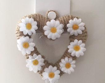 Jute hanging heart with fabric daisies - wedding decor, wall hangings, home decor, rustic decoration, handle hanging decoration, daisies