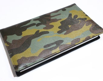 checkbook man woman military camouflage khaki Brown and black