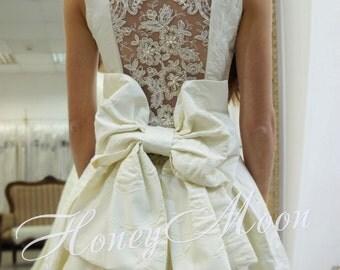 Enigma wedding dress, ball gown wedding dress, wedding dress with bow, lace back wedding dress, long train wedding dress, Jacquard dress