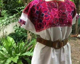 1970s Guatemalan tunic / Huipil / Maxican cross stitch tunic / Handmade blouse/Ethnic Tunic/ Vintage Oaxacan