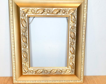 Wide Gold Frame Ornate Vintage Picture Frame Large 16x14 for 8x10 Wedding Decor Paris Apartment Hanging Frame for Painting