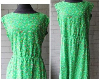20% Off Entire Shop - Vintage Malia 1970s Green Floral Sundress - Size XL, 12, 14, Plus Size