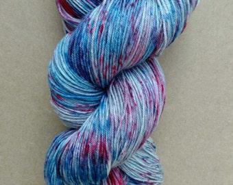 Hand dyed yarn, sock weight, Superwash Merino, 463 yards, Spark