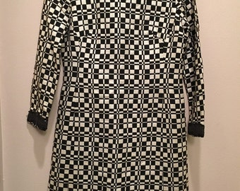 1960s Go Go  black and white psychedelic mod dress sz 10 modern day size 4
