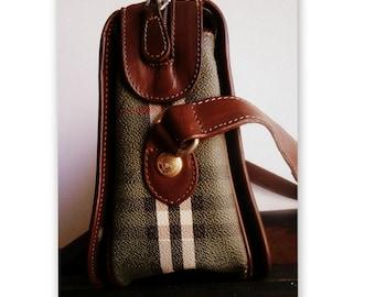 Burberry leather bag / Burberrys green bag