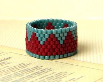 Peyote ring, beaded ring, beadwoven ring, seed bead ring, beaded jewelry, hippie ring, seed bead jewelry, beadwork, delica beads ring