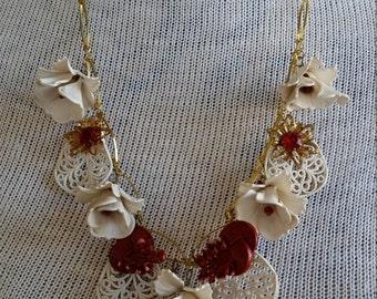 Vintage White Flower Necklace