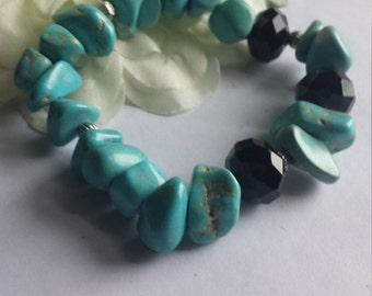 Turquoise and black bead bracelet