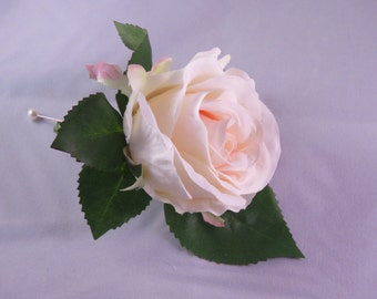 Silk Pale Pink Mens Buttonhole
