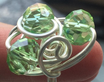 Triple green crystal bead ring