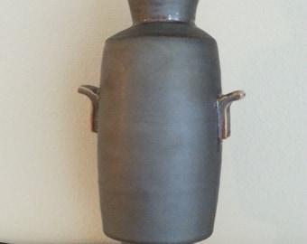 3-piece vase with handles