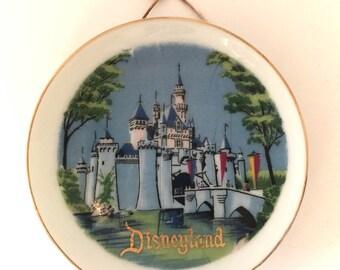 Small Vintage Disneyland Plate