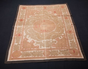 Vintage 1970's all cotton SUZANI 4'10''x 3'10''/ 148 x 116cm from SAMARKAND, Uzbekistan FREE Shipping No:009