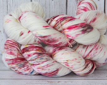 hand dyed yarn , 100% baby cashmere,  733 yards/670 meters, Hydrangea