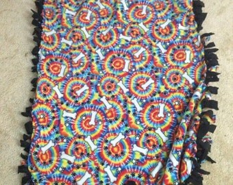 Small tie knot blanket