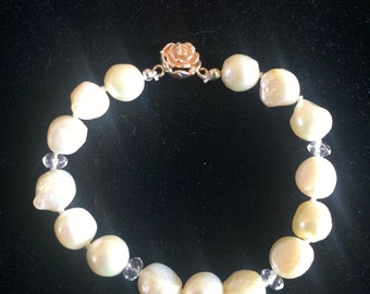 Genuine White freshwater pearl bracelet with 925 sterling silver rose clasp
