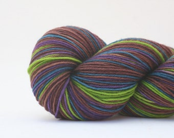 LIBRARY self-striping sock yarn (brighter green)
