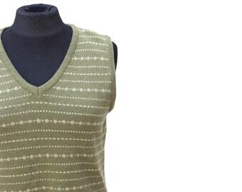Vintage never-been-worn green lambs wool vest